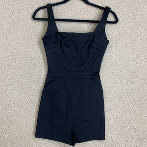 Awesome BEBE shorts jumpsuit X-Small
